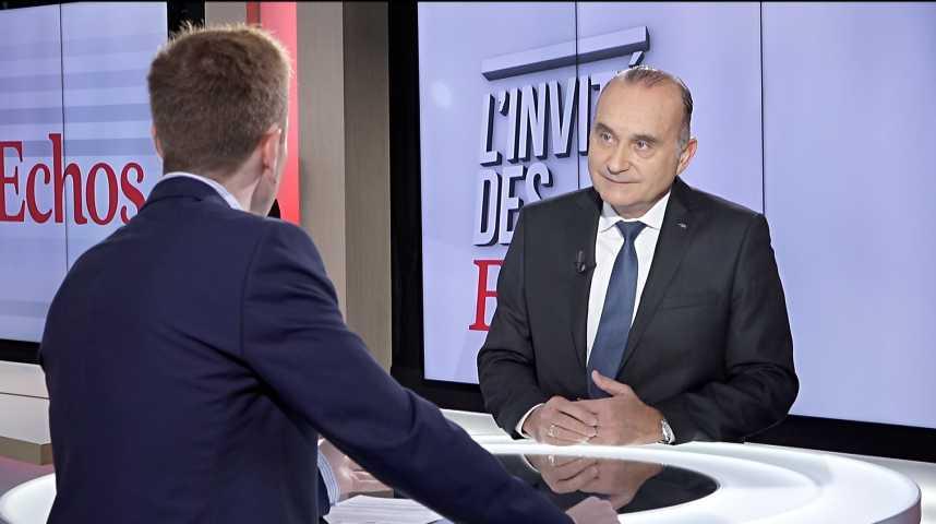 Illustration pour la vidéo « Axa va ouvrir des cabines de télémédecine dans les entreprises », déclare Jacques de Peretti, PDG d'Axa France