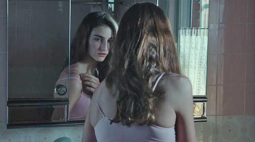 Verónica - Bande annonce 2 - VF - (2017)