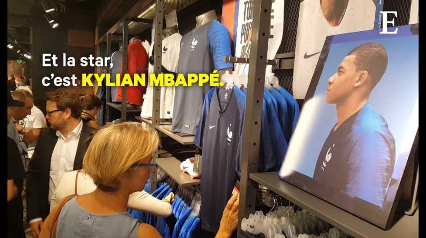 Illustration pour la vidéo Coupe du Monde : l'esprit de 1998 flotte sur les boutiques qui vendent des maillots de foot