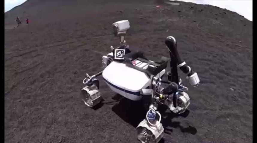 Illustration pour la vidéo Conçu pour la Lune, ce robot s'entraîne... sur l'Etna
