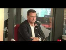 Louis Aliot(FN): «Nous devons accueillir ceux qui fuient la guerre, et pas de migrants économiques»