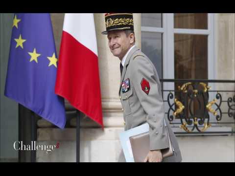 Le bras de fer entre Macron et le général de Villiers