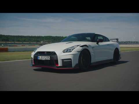 2020 Nissan GT-R NISMO Driving on the track
