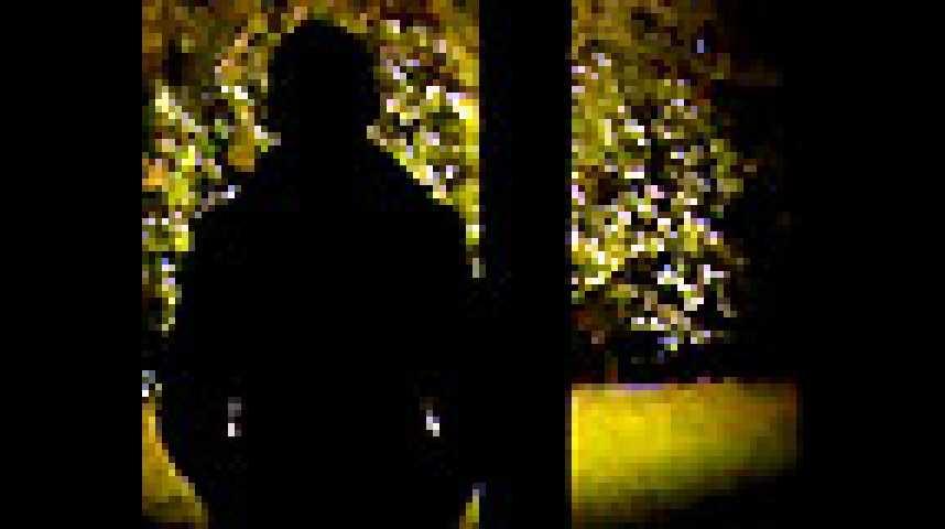 A l'intérieur - Extrait 2 - VF - (2007)