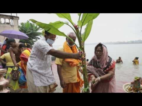 Hindu devotees bathe in river Ganges on 2nd day of goddess festival