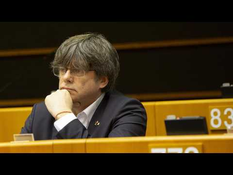 Brussels considers whether to lift Puigdemont's parliamentary immunity