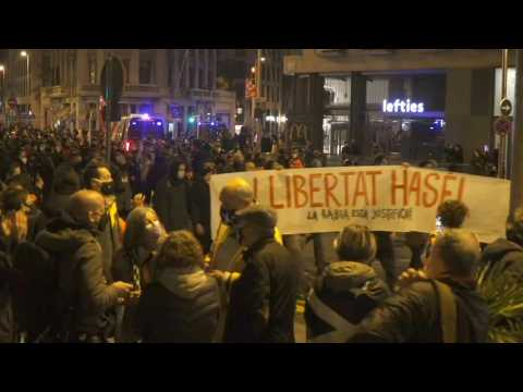 Demonstrations continue in Barcelona to demand the release of jailed rapper Pablo Hasel