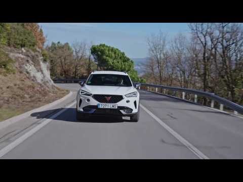 CUPRA Formentor 150 CV in Soft White Driving in the country