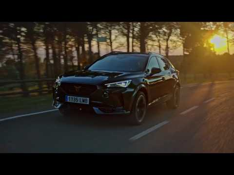 CUPRA Formentor e-HYBRID in Dark Camouflage Driving Video