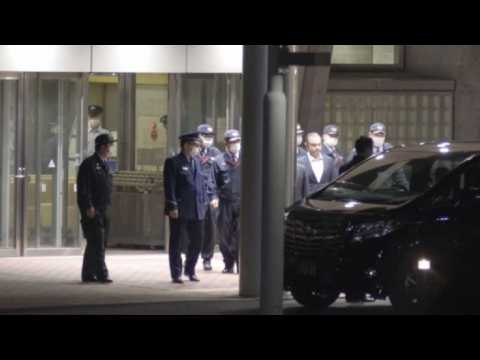 Ex-Nissan chief Carlos Ghosn leaves detention centre (2)