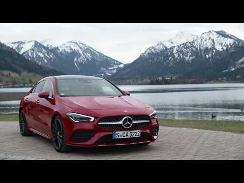 Mercedes-Benz CLA 250 4MATIC Coupé Driving Video