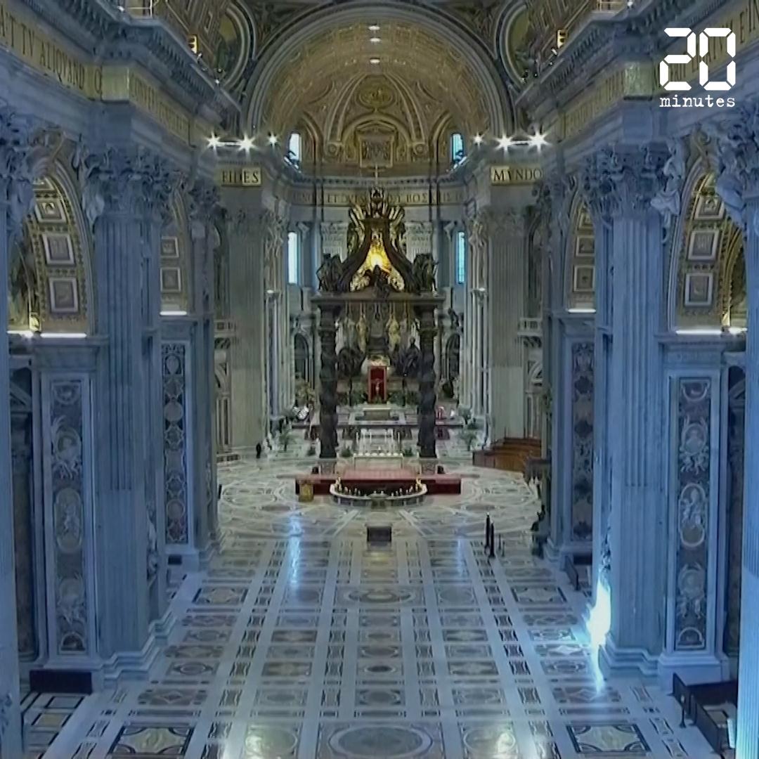 Coronavirus:  Le pape François célèbre la messe des Rameaux dans une basilique Saint-Pierre presque vide