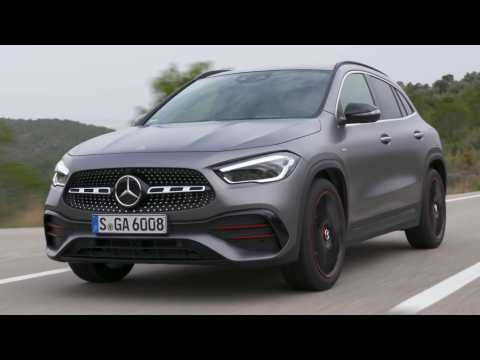 The new Mercedes-Benz GLA 200 Edition 1 in Grey magno Driving Video