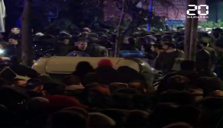 Barça - Real Madrid : Une cinquantaine de blessés lors de violents affrontements en marge du Clasico