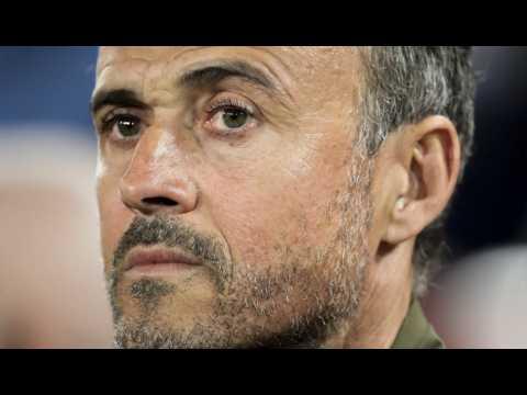 VIDEO: Luis Enrique redevient sélectionneur de l'Espagne aux dépens de Robert Moreno