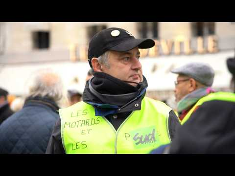 'Yellow vests' gather in Paris for 59th week of protests