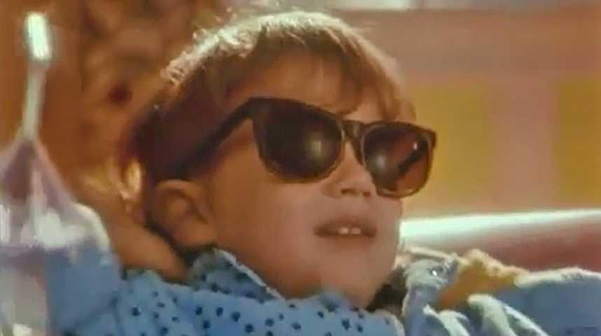 Allo maman c'est encore moi - Bande annonce 1 - VF - (1990)