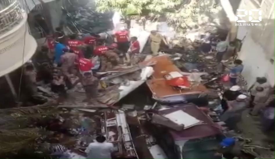 Pakistan : Un avion transportant près de 100 passagers s'est écrasé à Karachi