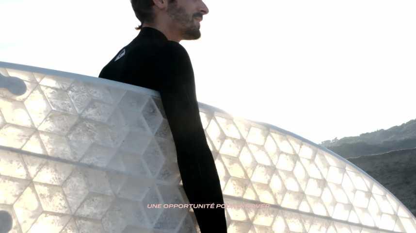 Illustration pour la vidéo Hexa : des planches de surf écoresponsables fabriquées sur-mesure