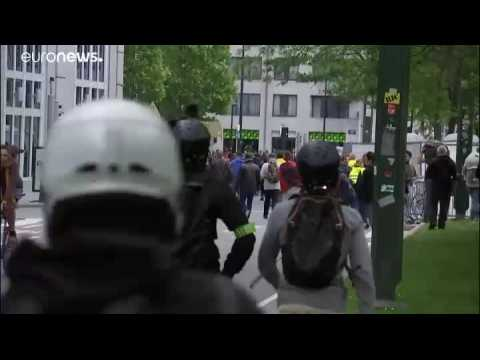 Gilets Jaunes clash with police in Brussels amid European elections