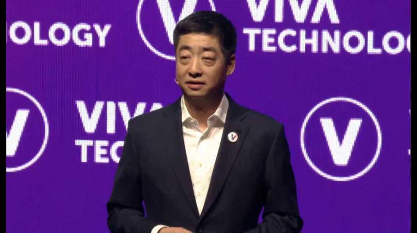 Illustration pour la vidéo Ken Hu (Huawei) annonce un investissement de 35 millions d'euros dans son OpenLab de Paris