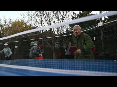 Beijing pensioners brave freezing winter for table tennis
