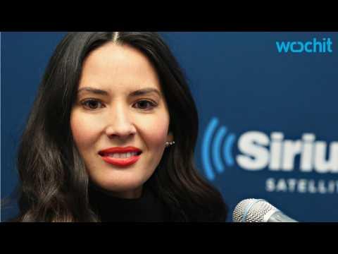 Olivia Munn Denies Engagement Rumors to Boyfriend Aaron Rodgers
