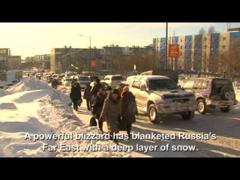 Heavy snow brings Russian Far East to standstill