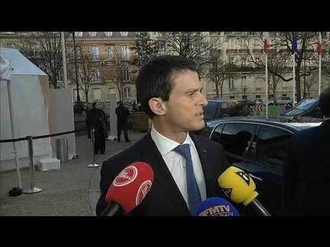 """Valls: """"Nous souhaitions un gouvernement basé sur l'expérience, la solidité"""""""