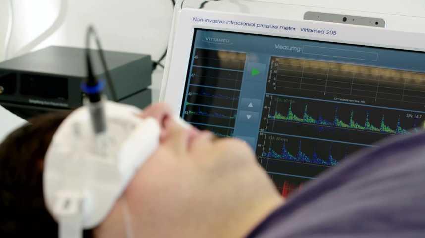 Illustration pour la vidéo Des ultrasons pour diagnostiquer les lésions cérébrales