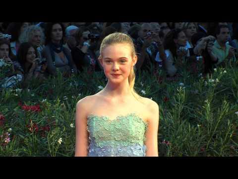 Celebrity Closeup: Elle Fanning
