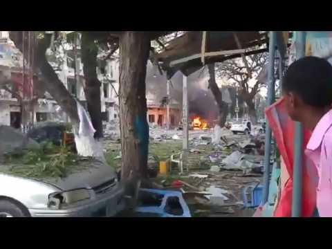 Au moins 11 morts dans l'attaque à l'explosif d'un hôtel à Mogadiscio