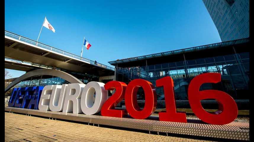 Illustration pour la vidéo Euro 2016 : qui va regarder les matchs, et comment ?