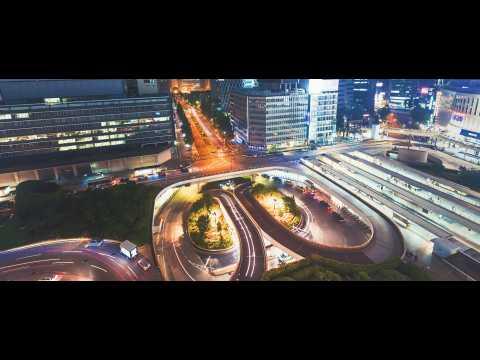 2 minutes de voyage dans un Tokyo frénétique et sublimé