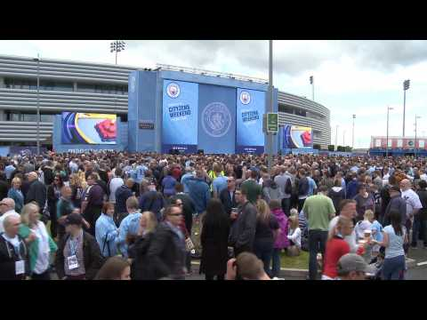 Manchester City Fans Welcome New Manager Pep Guardiola