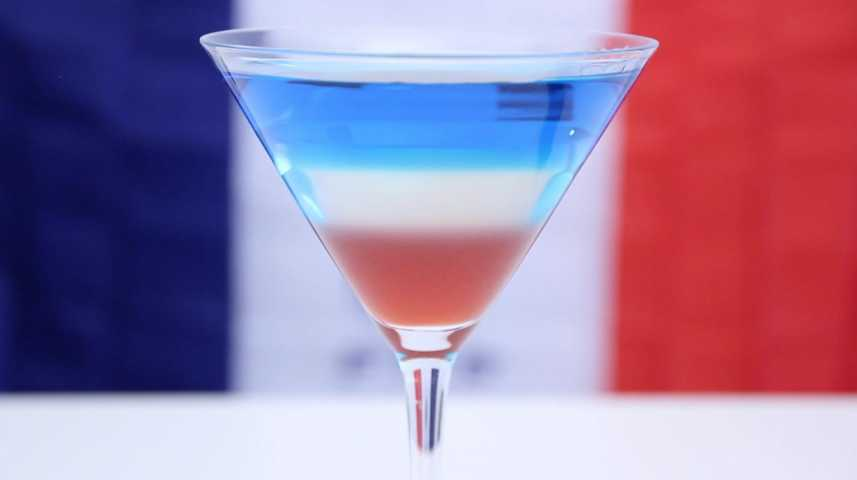 Fabuleux Cocktail Bleu Blanc Rouge en vidéo SJ88