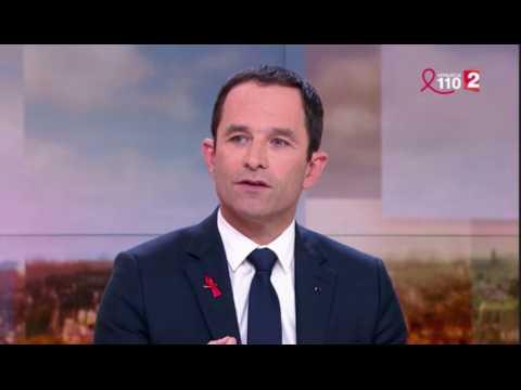 """Benoît Hamon dénonce les """"coups de couteaux dans le dos"""""""