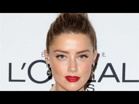 "Amber Heard Shares ""Aquaman"" Research"