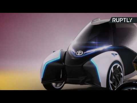 Toyota's New Futuristic i-TRIL Electric Car Has One-of-a-Kind Design