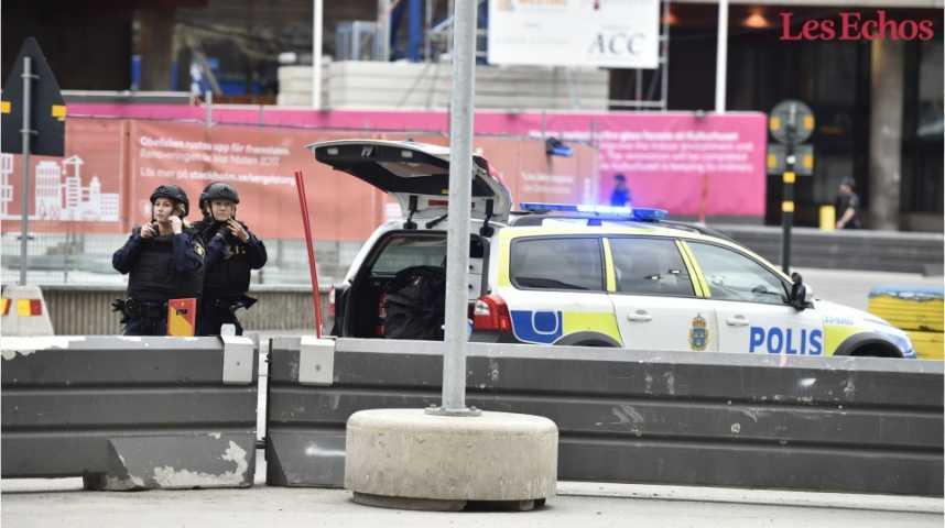"""Illustration pour la vidéo Un camion renverse des passants à Stockholm, la police évoque """"un attentat"""""""