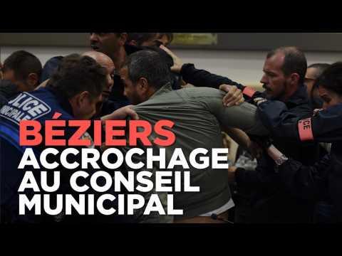 Référendum anti-migrants à Béziers : accrochage au conseil municipal