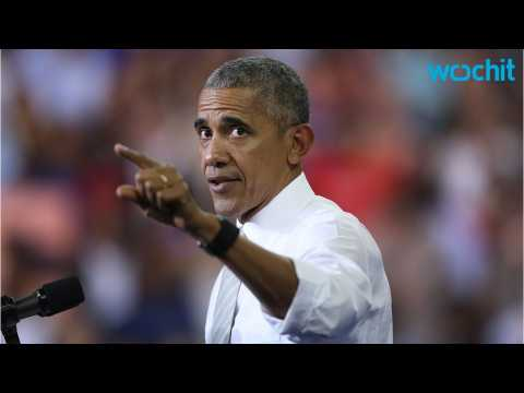 Obama Handles Rioting Crowd Like A Boss
