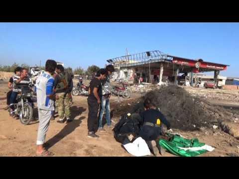 Deadly car bomb hits Syrian rebel checkpoint near Turkish border