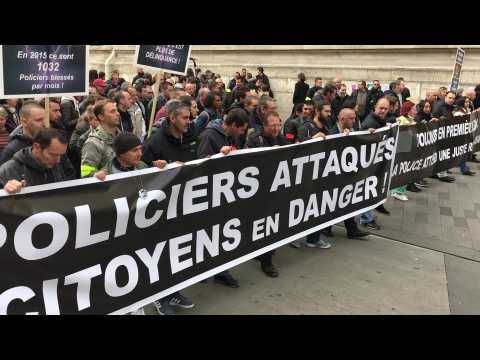 "Manif' de policiers : ""On est arrivé à un stade de burn-out"""