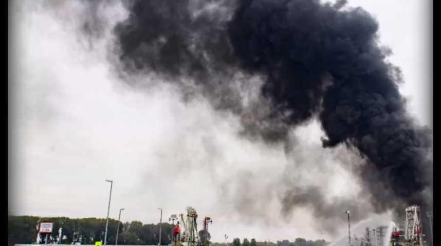 Illustration pour la vidéo Explosions dans deux usines allemandes de BASF