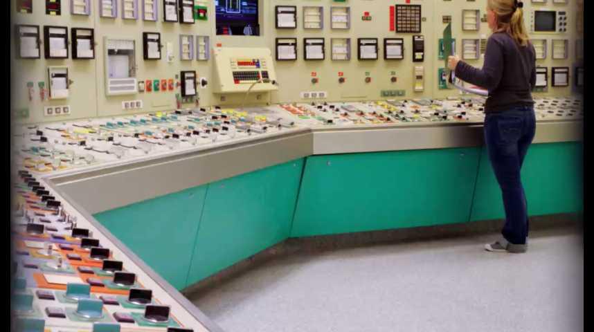 Illustration pour la vidéo Nucléaire : les arrêts de réacteur vont coûter 1 milliard d'euros à EDF en 2016