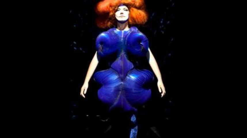 Illustration pour la vidéo Le musée Grévin de Björk au Moma