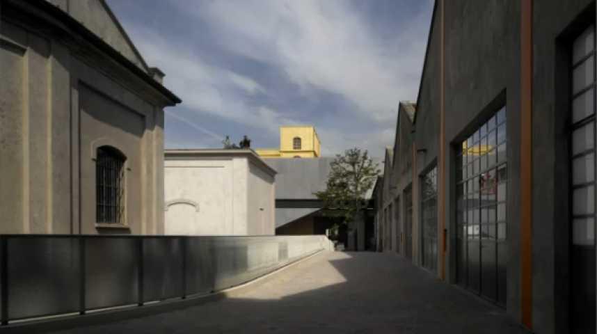 Illustration pour la vidéo Le giga complexe culturel Prada à Milan