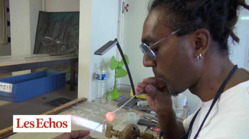 Illustration pour la vidéo Dans les coulisses de Pylones : quand les souffleurs de verre font de la bijouterie