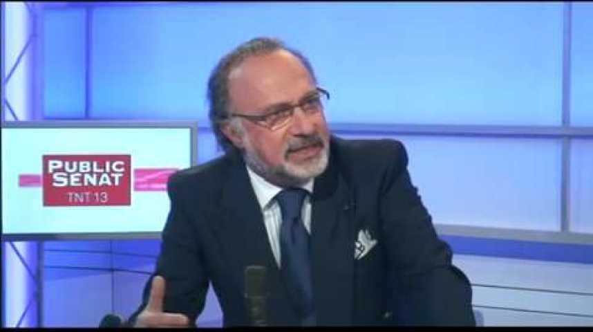 """Illustration pour la vidéo Olivier Dassault sur la fiscalisation des allocations familiales : """"On donne d'une main, et on reprend de l'autre"""""""